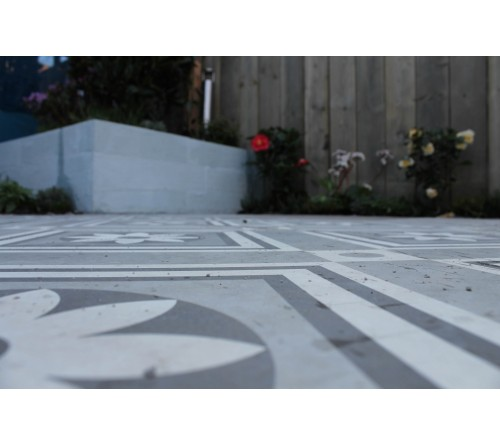 GeoCeramica 60x60x4 Concreet Flower dec